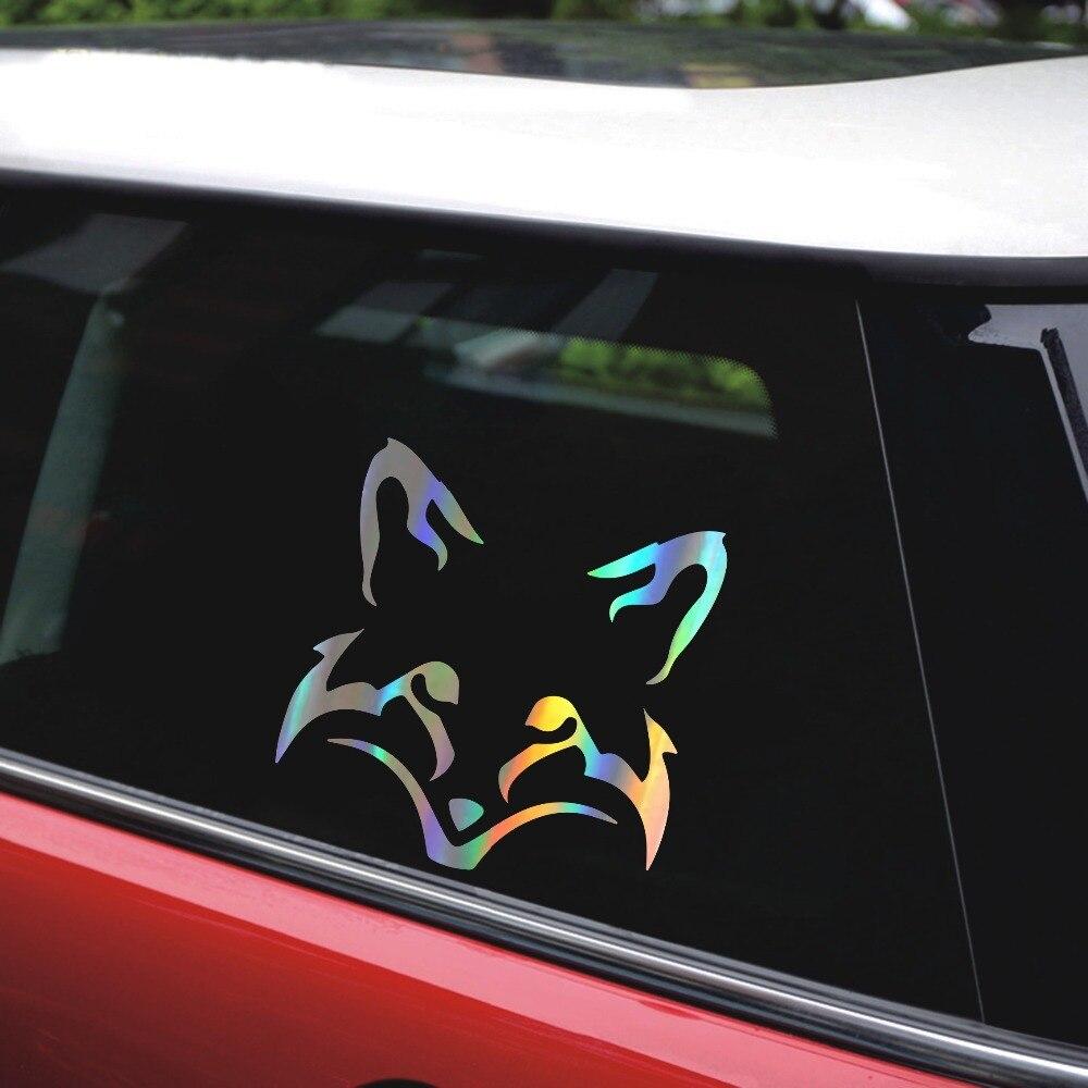 Наклейка на авто в виде лисы