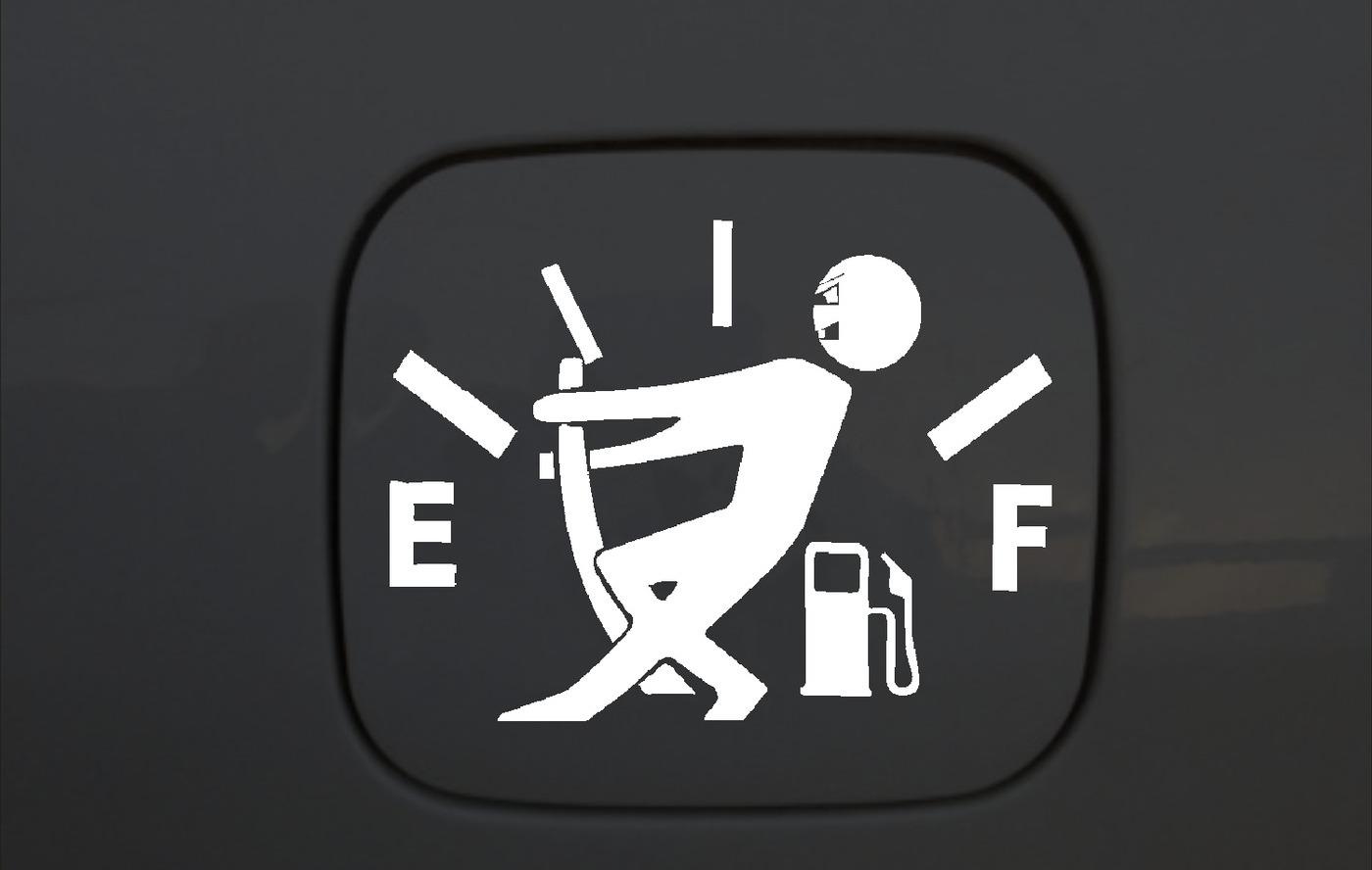 Наклейка на бензобак автомобиля