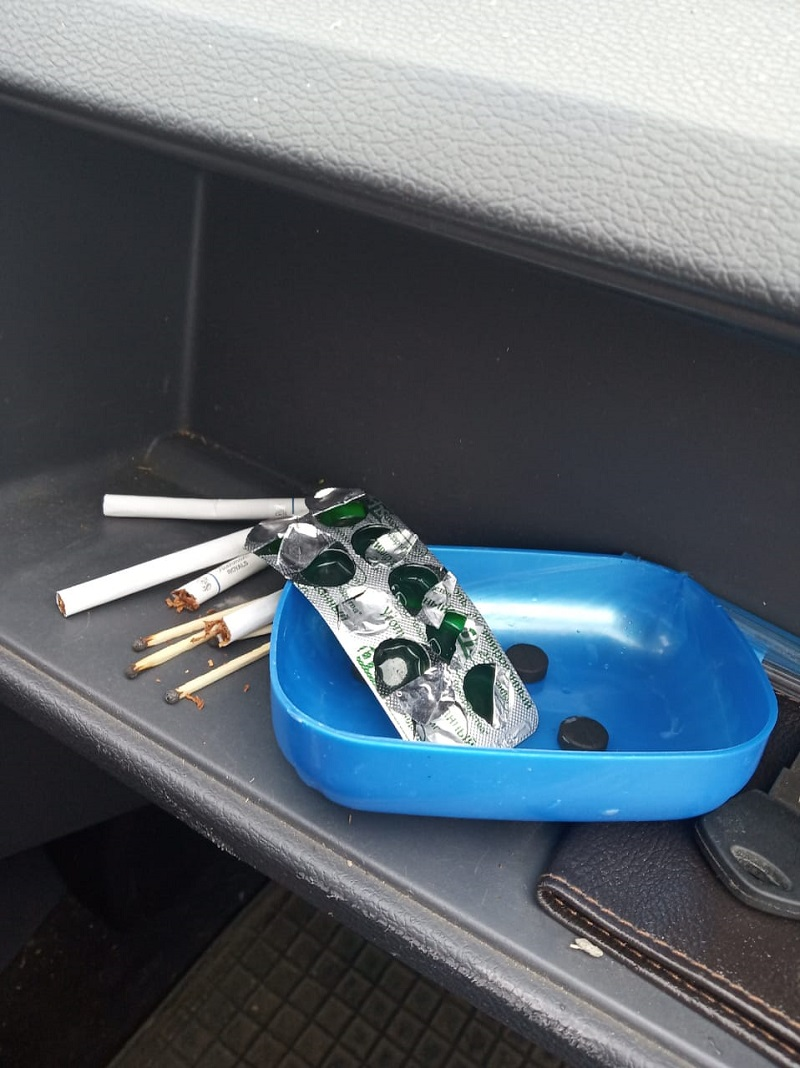Активированный уголь от запаха табака в автомобиле