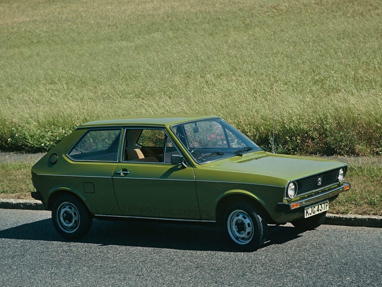 Volkswagen Polo 1 поколения