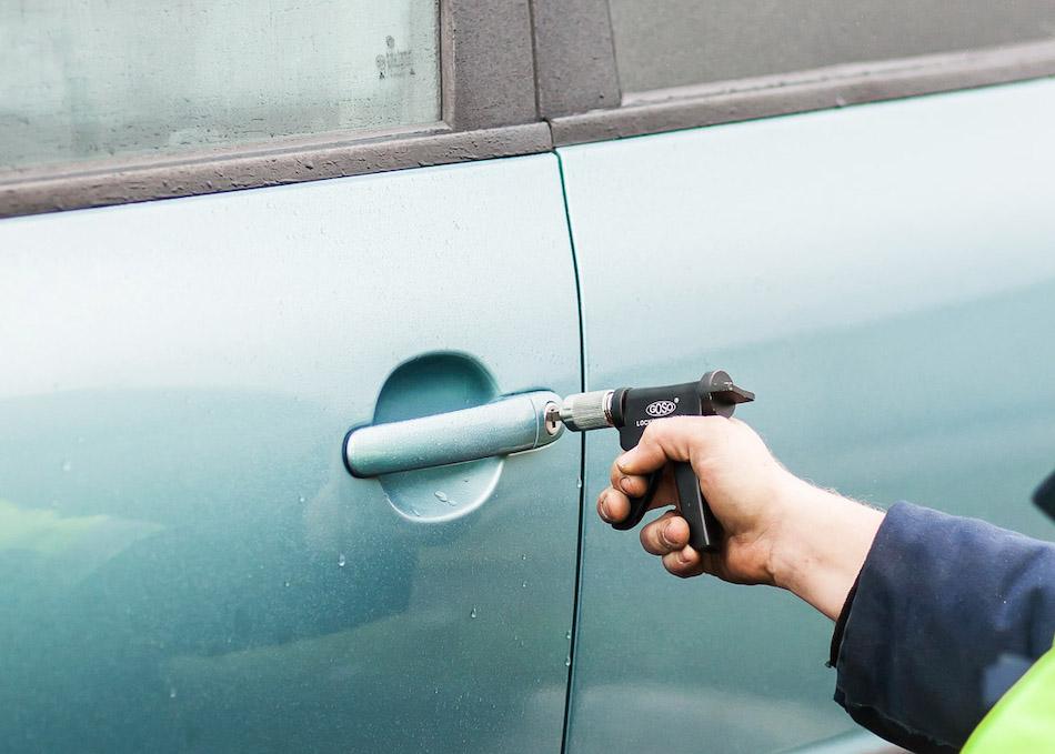 Как открыть машину без ключа ВАЗ 2109-21099