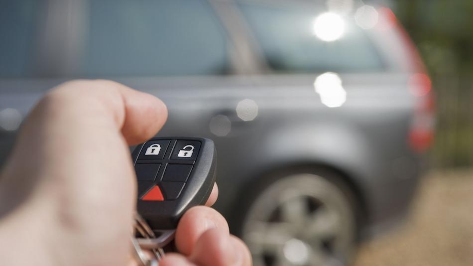 Как попасть в машину без ключа