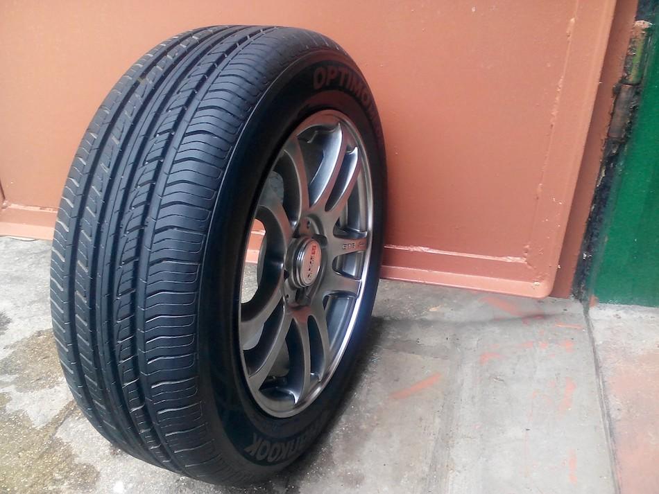 Hankook Tire K424 (Optimo ME02)