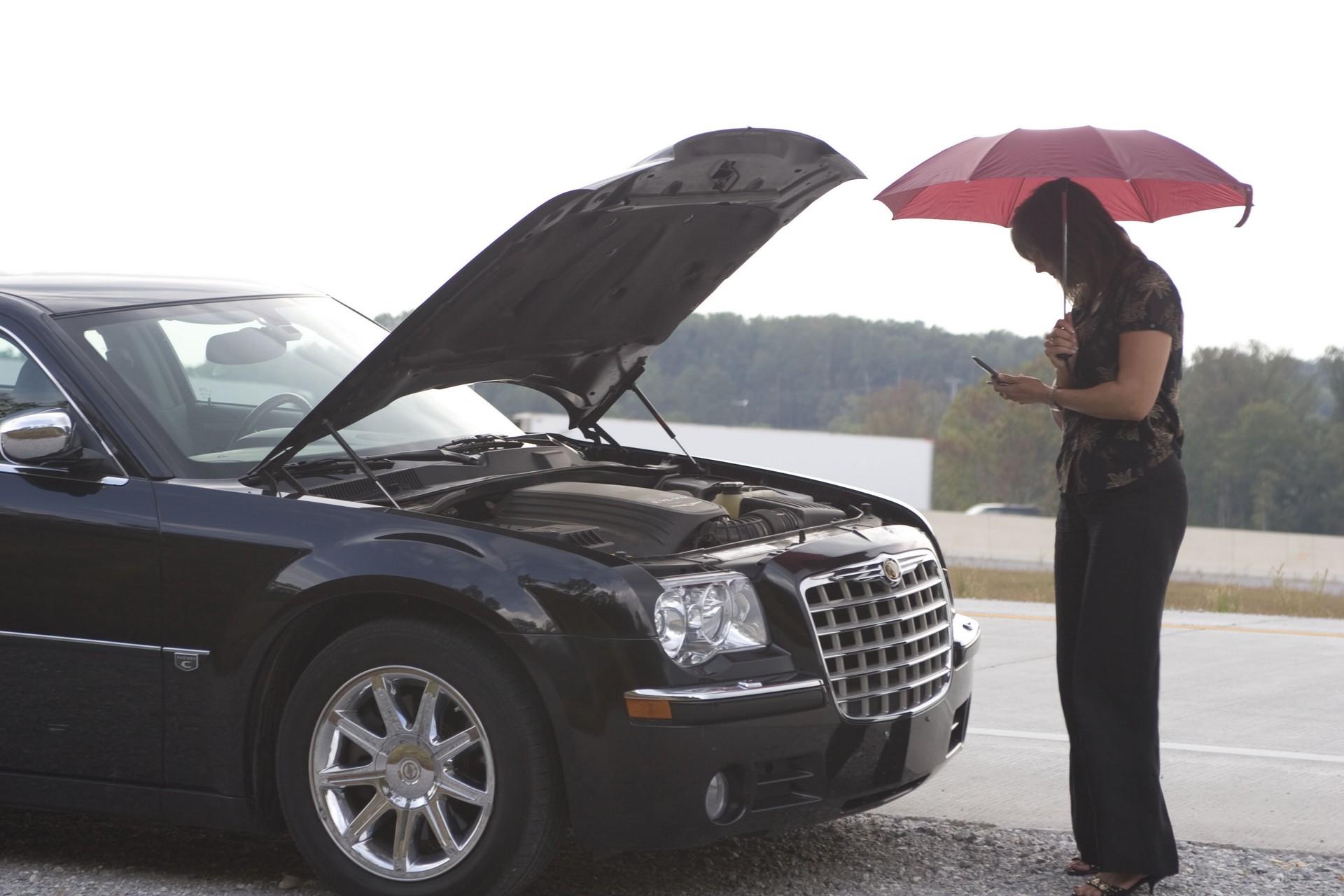 Машина глохнет в дождь