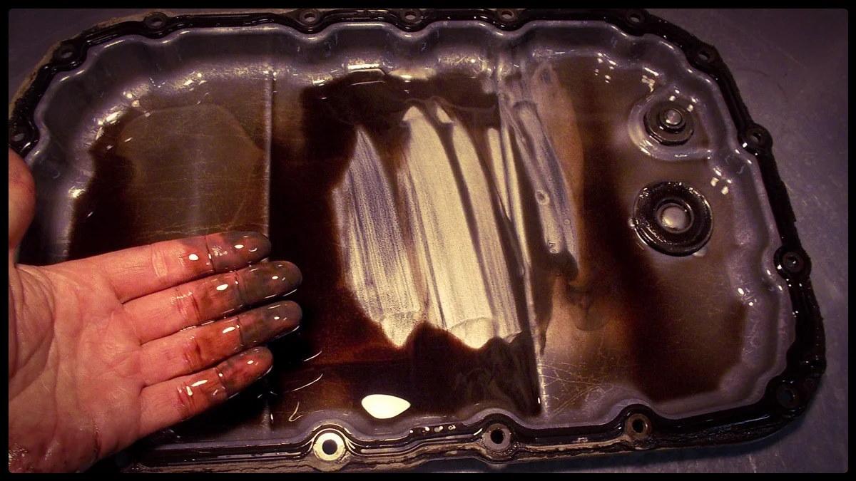 Грязное трансмиссионное масло