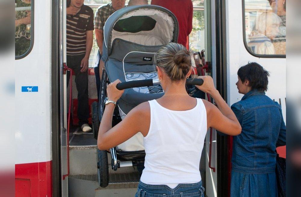 Правила перевозки детей в коляске в автобусе