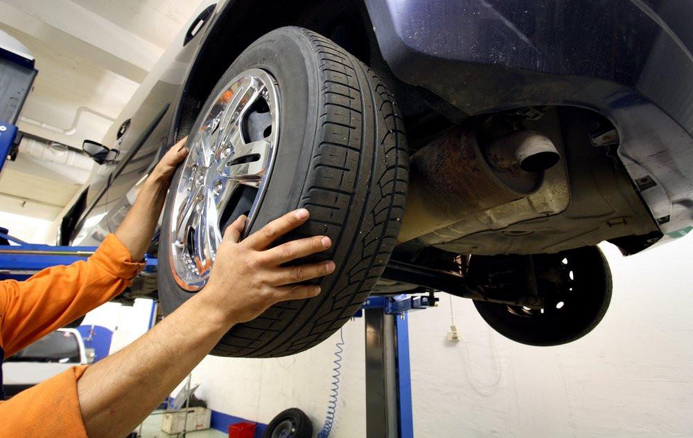 Проверка балансировки колес
