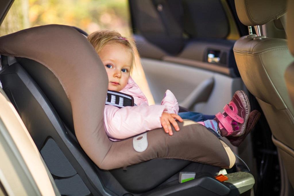 Удобное автокресло для малыша