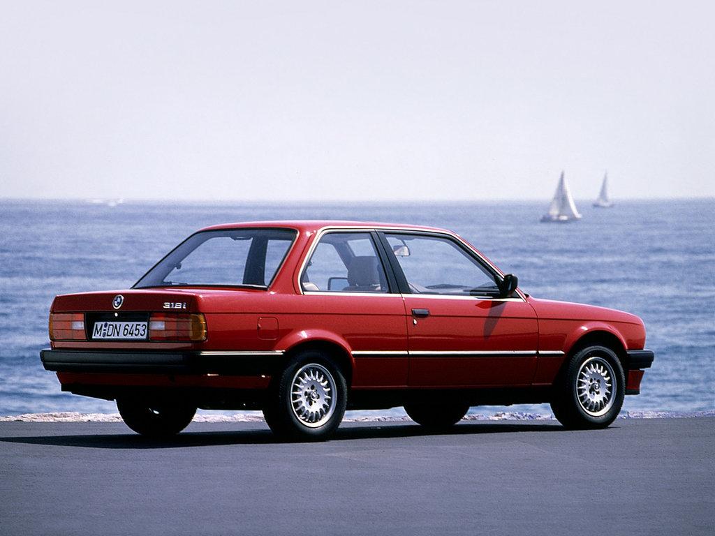 BMW 3 серии 318i II (E30)