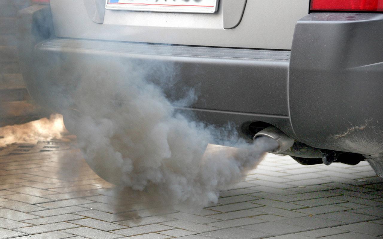 Что значит дым из глушителя