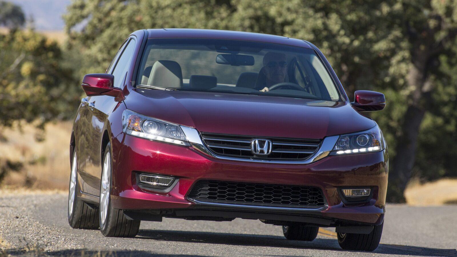 Устойчивый к коррозии автомобиль Honda Accord